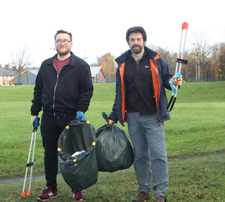 Ousburn litter pickers